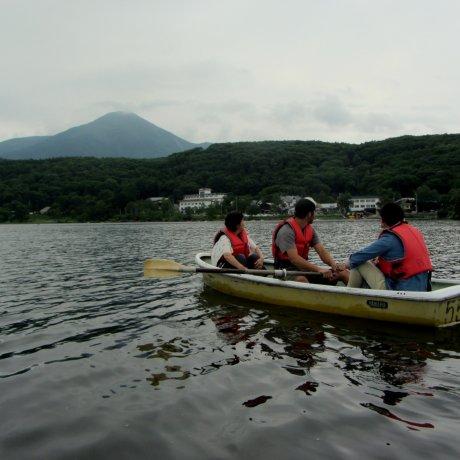 시라카바 호수에서 보내는 조용한 하루