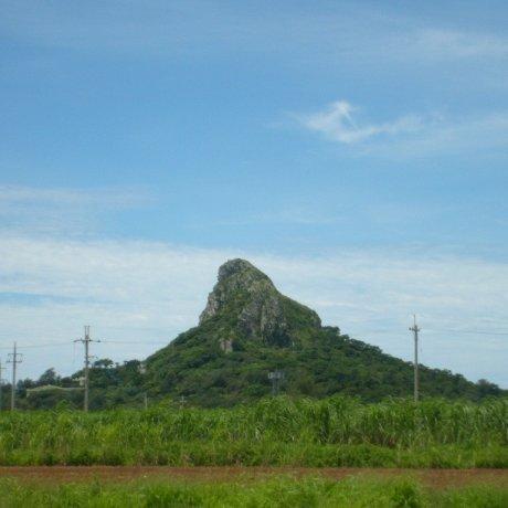 이에지마 구수쿠 산